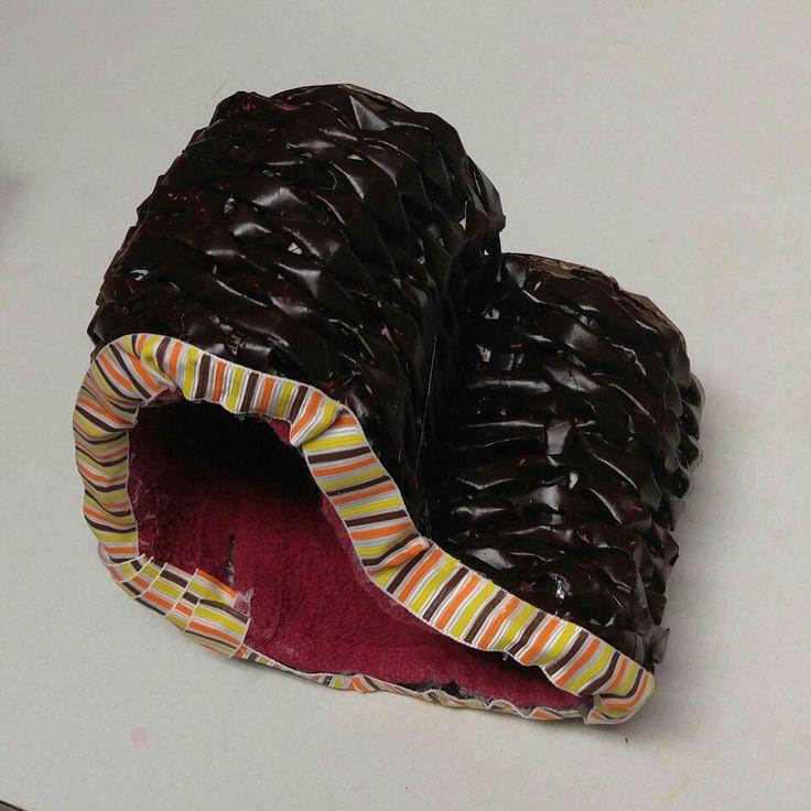 Beautiful Recycled Magazine Basket Weaving
