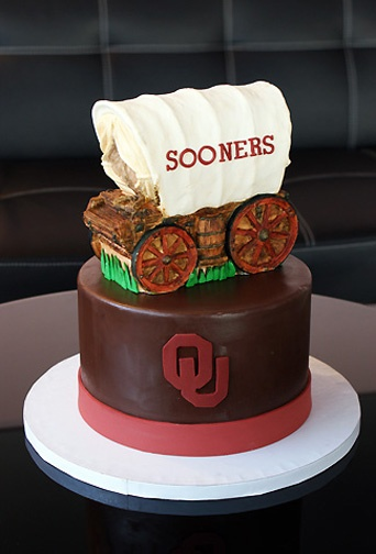 Sooner Schooner | Oklahoma's Premier Wedding Cake Designer and Sugar Artist