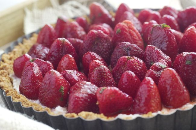 Strawberry Mint Ricotta Tart | stetted