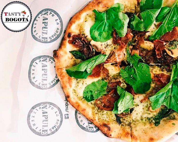 Pizza personalizada Napule pizzería
