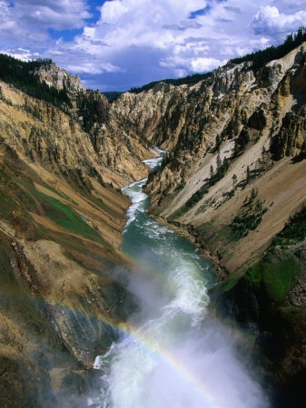 Yellowstone: Awesome Scenery, Yellowstone Wyoming, Families Meeting, Rainbows, Beautiful Places, Beautiful Yellowstone, Yellowstone Parks, National Parks Wyoming, Yellowstone National Parks