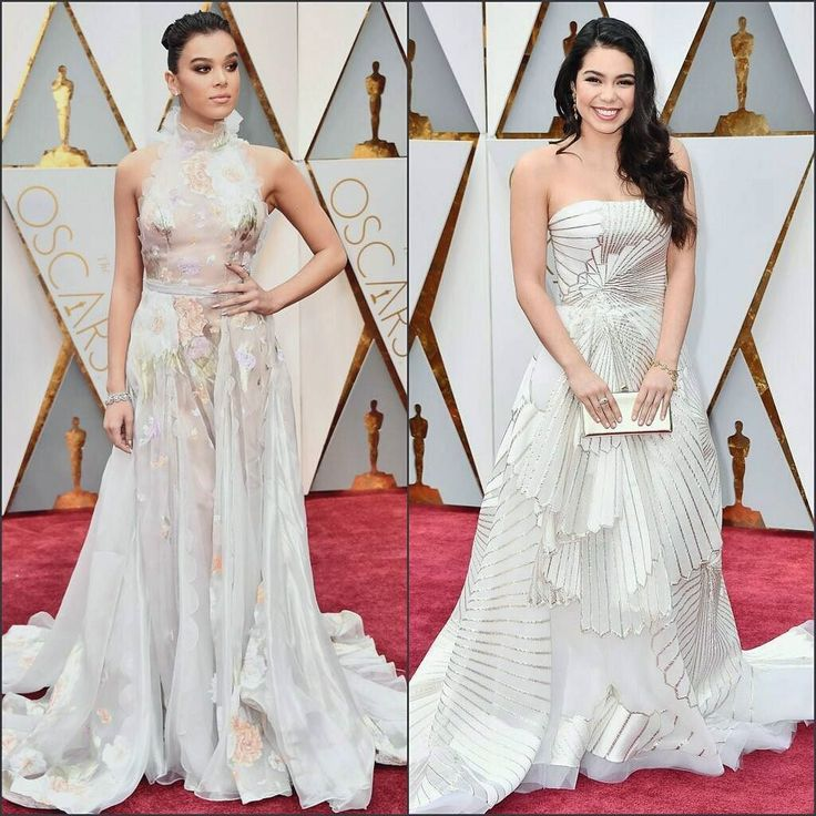 Best dressed at the Oscars up on the blog now! Link in bio  . #HaileeSteinfeld in #RalphandRusso and  #AuliiCravalho in #RubinSinger . . . #redcarpet #celebstyle #bestdressed #celebritystyle #indianblogger #fashionblogger #styleblogger #beautyblogger #stylefile #fashiondiary #fashionpost #fashiongram #fashionista #fashioninspo #instafashion #ootd #trendsetter #fblogger #stylediary #couture #designerwear #hollywood #awardsnight #florals #artdeco #oscars2017 #fashionblogger #indianblogger