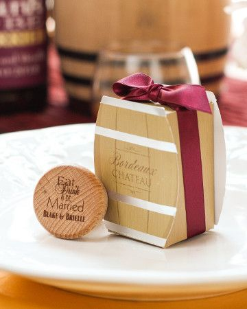 These wine barrel favor boxes are perfect for a vineyard wedding favor! | Explore The 2016 Fall Wedding Lookbook!