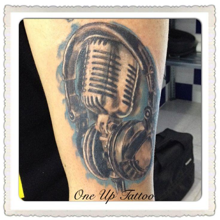 microphone dj headphones tattoo one up tattoo tattoo sketch pinterest dj headphones. Black Bedroom Furniture Sets. Home Design Ideas