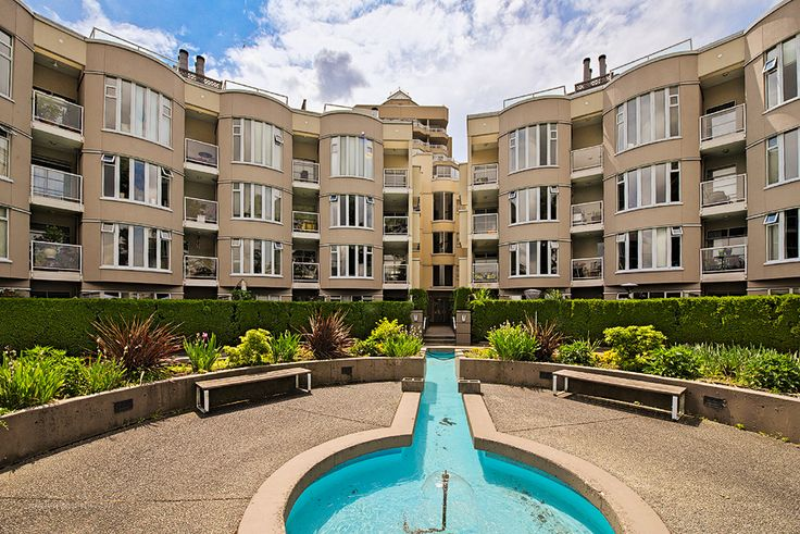 http://www.isellmyhome.ca/Listing/Condo_Townhouse_Co-op/1004_Spacious_Fully_Renovated_Condo_in_Fairview_Slopes.html   FOR SALE BY OWNER @ 439,000 in Vancouver BC
