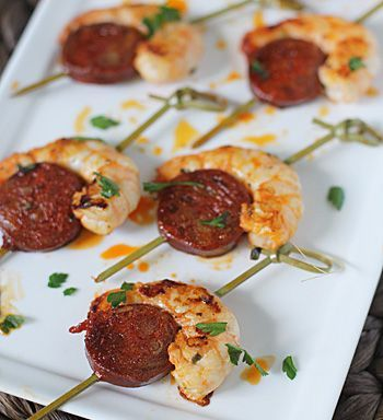 Gourmet shrimp appetizers recipe shrimp and spanish for Chorizo canape ideas