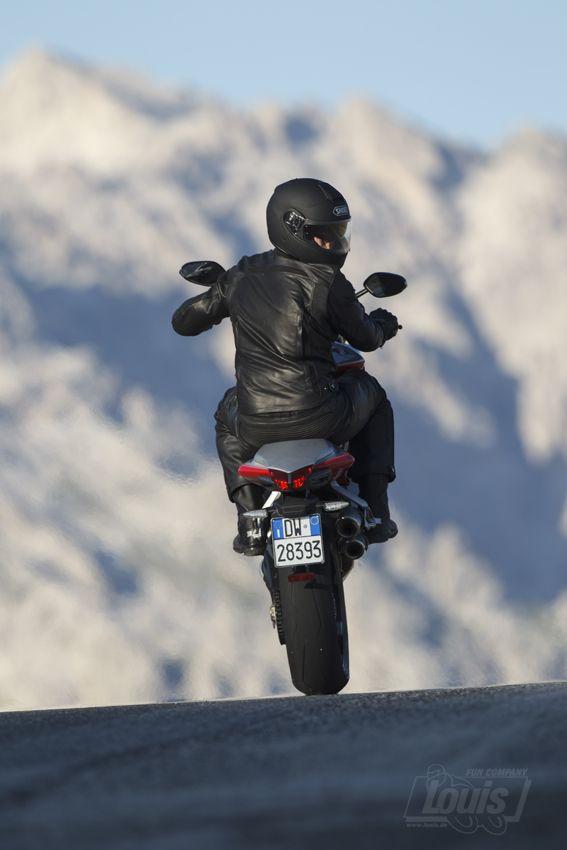Auch mal nach Hinten schauen #Motorrad #Motorcycle #Motorbike #louis #detlevlouis #louismotorrad #detlev #louis