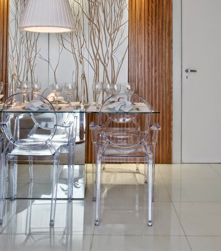 17 best images about dining room inspiration ideas on for Chaise louis ghost philippe starck