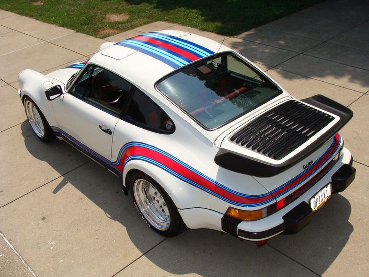 Very cool Martini paint job on this 930 Porsche 911.