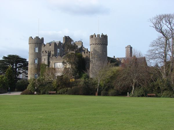 Best Stately Castles Images On Pinterest Beautiful Places - 15 amazing castles of ireland
