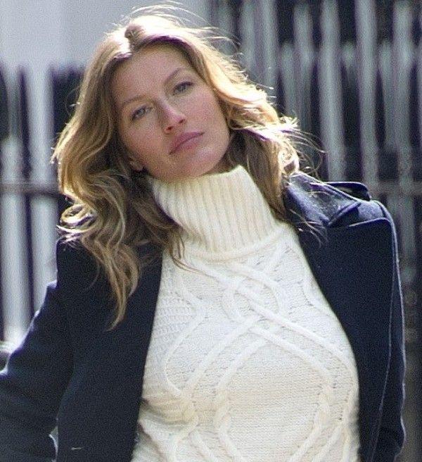 Celebrity Knits: Gisele Bundchen's Sweater