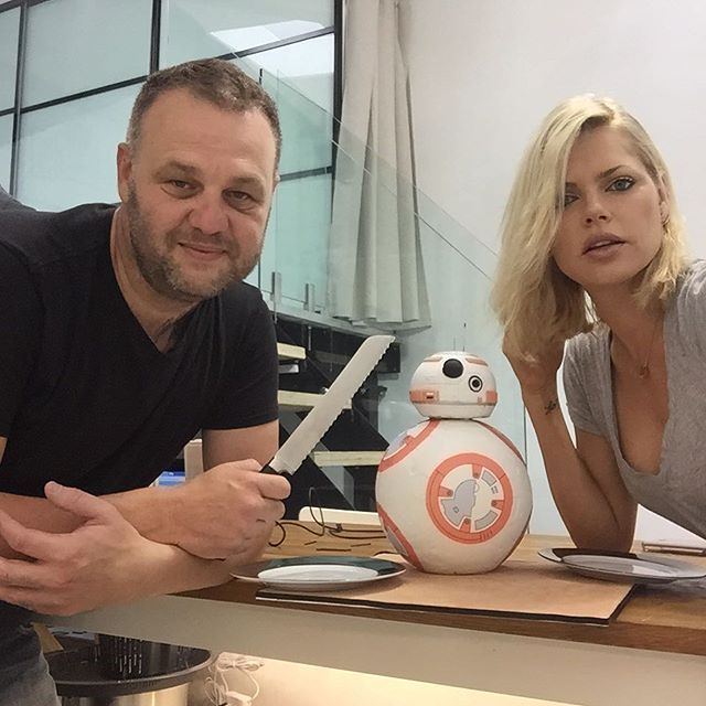 Just did @sophiemonk colour...now eating #bb8  #starwars #starwarsfan
