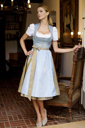 Tostmann Trachten: Festive Costumes
