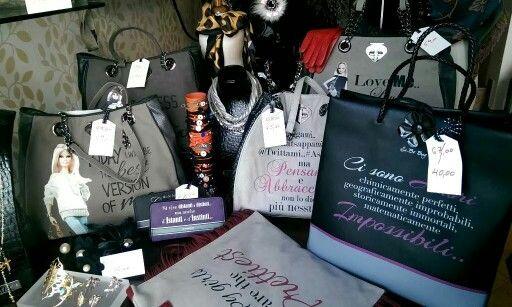 Le Pandorine | έκπτωση 40% κατάστημα mánia | Πυλαρινού 37, Κόρινθος #mániashop #Korinthos #LePandorine #bags #accessories #giftideas #sales