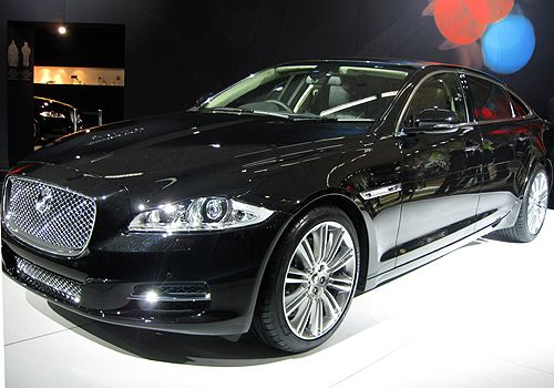 Get More Luxury and Stylish Jaguar Latest Pictures and Reviews at Autoinfoz.com