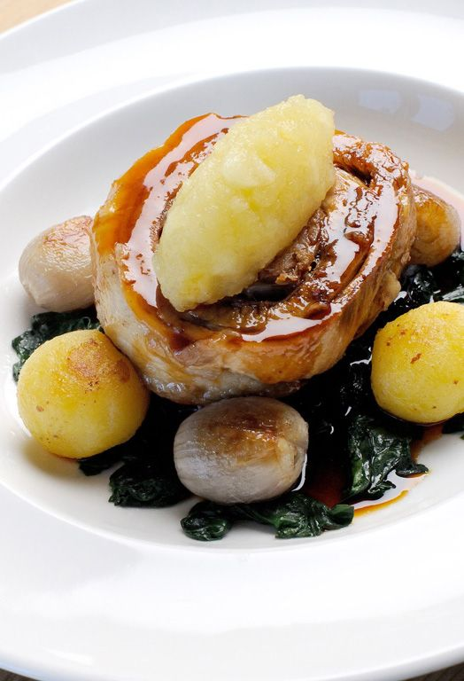 Roulade of pork belly, braised red cabbage and apple compote - Mark Dodson. This pork belly recipe by Mark Dodson marries the classic flavours of apple and pork together in a remarkable roulade.