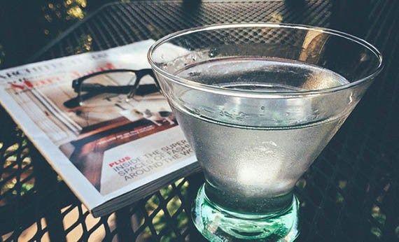 7 Alasan Kenapa Meminum Air Putih Banyak Memberikan Manfaat, Hidupmu Pun Bisa Menjadi Lebih Sehat! Cek Artikelnya Disini: http://www.wokeeh.com/kesehatan/air-putih-banyak-memberikan-manfaat/ #Health #Water #Drink #Lifestyle