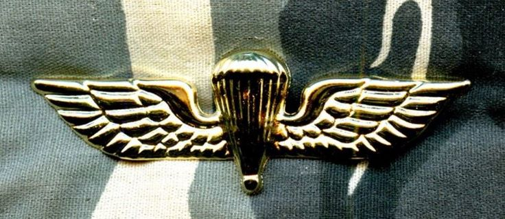 GREECE Parachutist Navy Basic qualification metal current