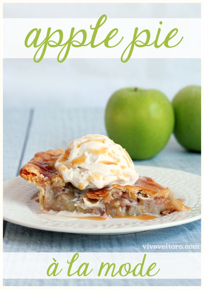Apple Pie a la mode. So simple and delicious!  #ad #MySweetHolidays