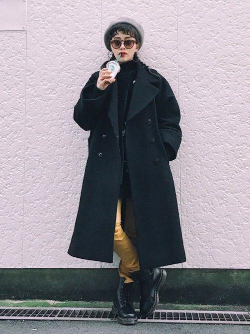 さいきん、この黒コート。 やっと欲しかった形が見つかって、 こればかり着ている。気がする。。