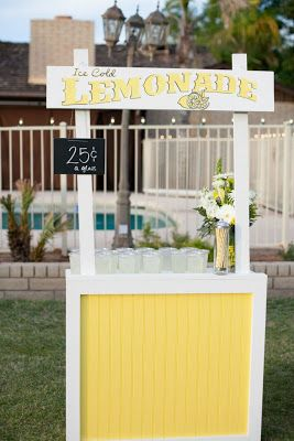 1000 ideas about lemonade stands on pinterest lemonade for Cool lemonade stand ideas
