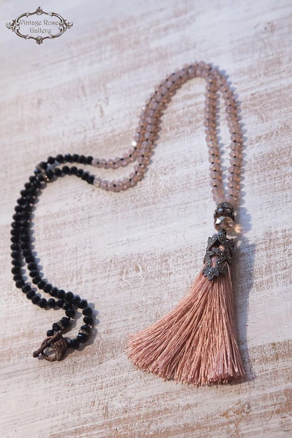 Boho chic statement tassel necklace in dusty pinkBohemian tassel necklaceNeutral necklaceboho tassel necklace