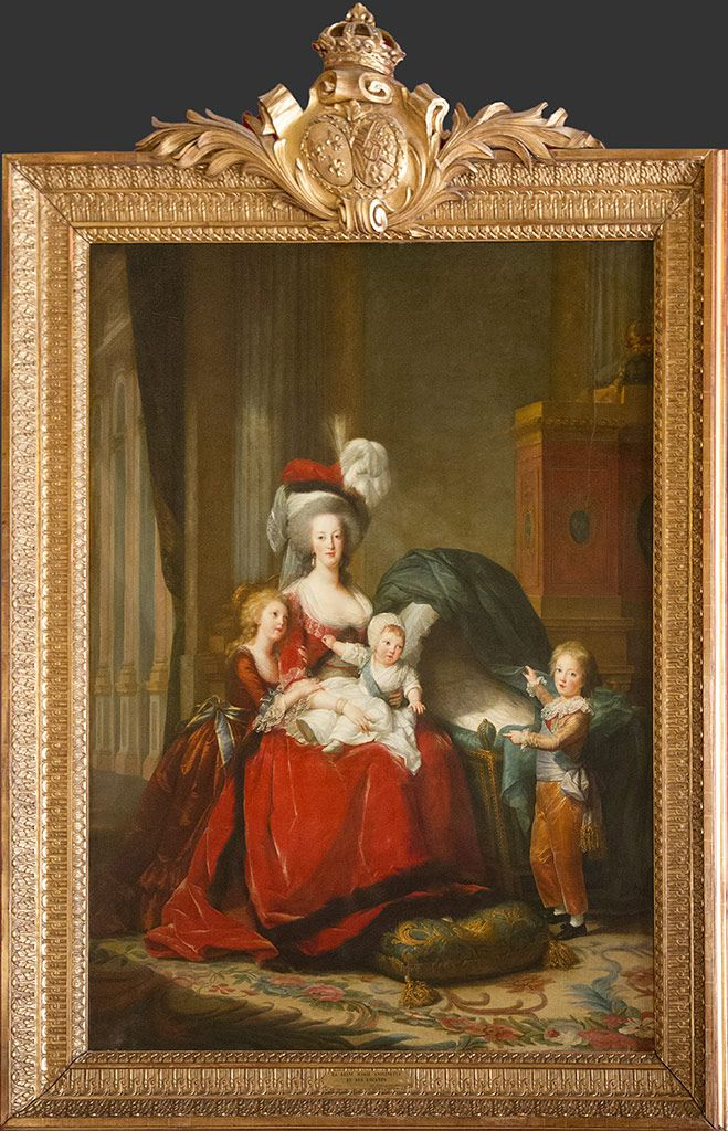 gauche marie antoinette  ses enfants tableau de madame vigee lebrun expose au chateau de