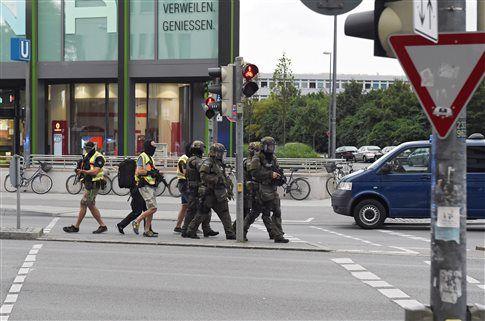 Νεκροί από πυροβολισμούς στο μεγαλύτερο εμπορικό κέντρο του Μονάχου