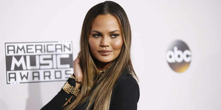 Love you, Teigen😘 Chrissy Teigen Fires Back At Donald Trump's Inauguration Tweet | The Huffington Post