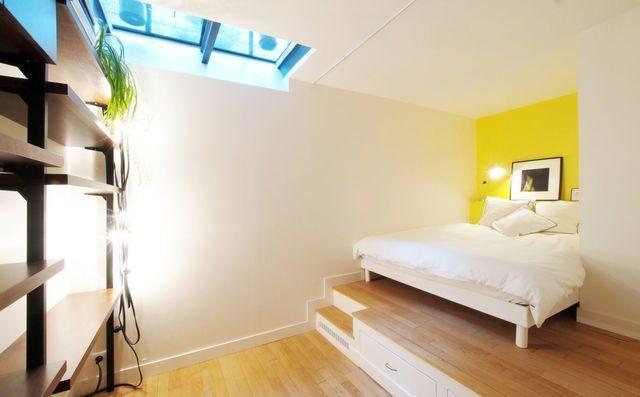 Un Sous Sol Amenage En Chambre A Coucher Home Decor Basement