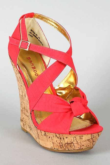 20+ Dolgu Topuk Sandaletler | Takı, Aksesuaлис, Kozmetik, Saat, Çanta, Güneş Gözlüğü |MODA BLOĞU