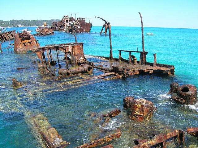 30 incredible and tragically beautiful images of the world�s most haunting shipwrecks