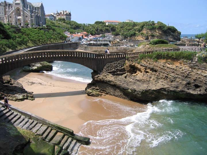 Biarritz you have my heart. If you are ever in France you need to go to this amazing town.