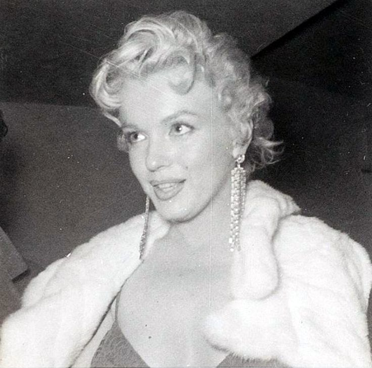 "Marilyn Monroe visiting the premiere of ""The Middle Of The Night"" at the Anta Theatre, 1956."