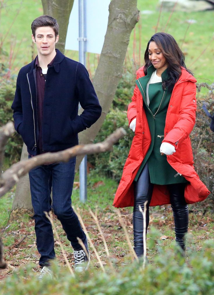"""Grant Gustin and Candice Patton film scenes for the hit CW show """"The Flash"""" on January 7, 2015 at Vancouver Park in Vancouver, Canada. Grant and Candice can be seen filming a romantic first kiss scene by the water. Part 3 [26 HQ Photos from NHorsley FameFlyNet]  #TheFlash"""