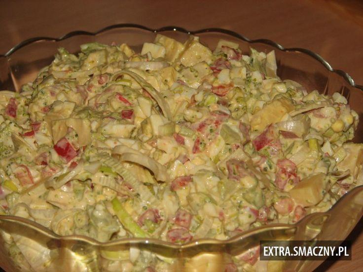 Brokułowa sałatka na sylwestrową noc