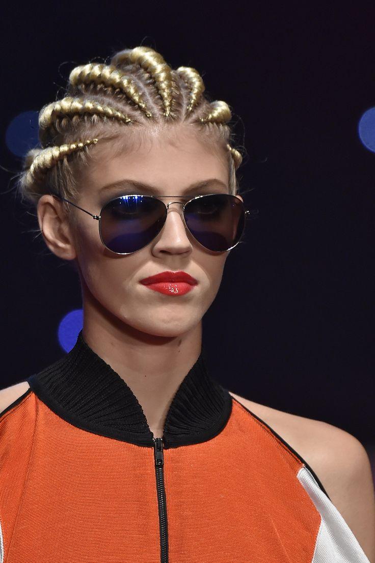 ¡Las trenzas apretadas es lo de hoy! #Trends #Braids #Beauty