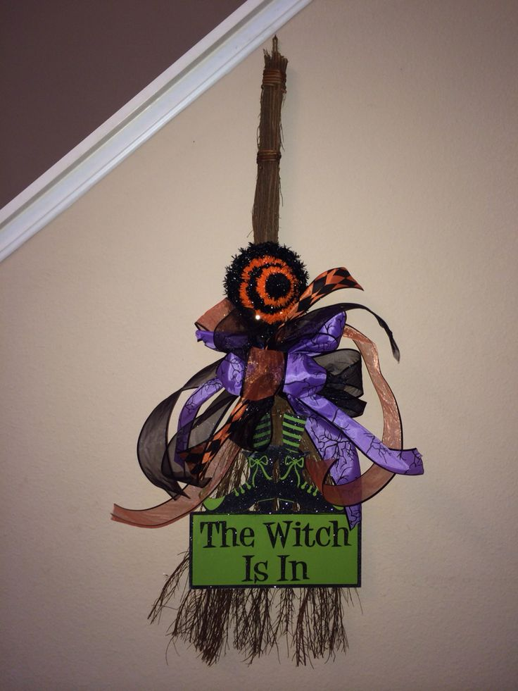 17 best images about cinnamon broom crafts on pinterest for 3 witches halloween decoration