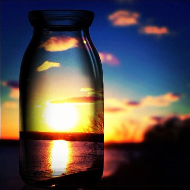The #sky in the #bottle ! what a photo!  Il tramonto in una bottiglie