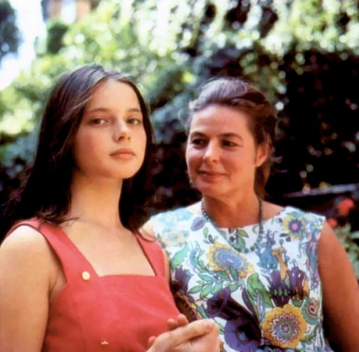 Ingrid Bergman and her daughter Isabella Rossellini.