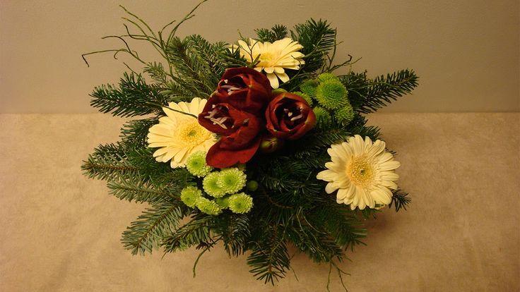blumenstrau binden floristik im winter deko ideen mit flora shop weihnachten christmas. Black Bedroom Furniture Sets. Home Design Ideas