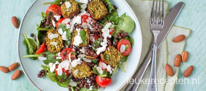 linzensalade met falafel