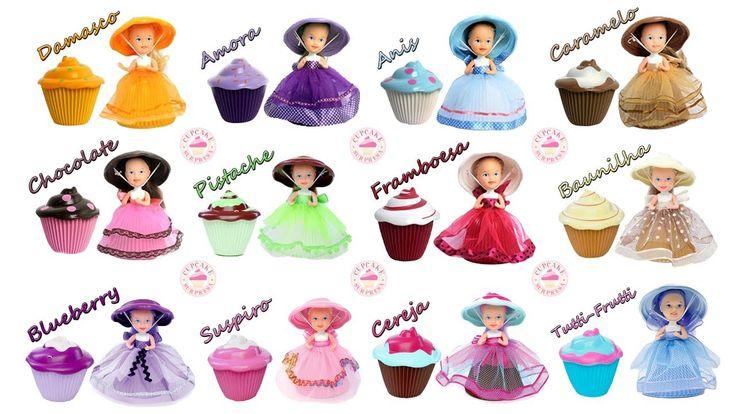 Vamos mostrar pra vocês as Bonecas Cupcake Surpresa da Estrela. São 12 sabores diferentes (Damasco, Amora, Anis, Caramelo, Chocolate, Pistache, Framboesa, Baunilha, Blueberry, Suspiro, Ceraja e Tutti-Frutti) que vocês podem brincar tanto como lindas bonequinhas, com seus belos vestidos e cabelos maravilhosos, ou como lindos Cupcakes para decorar o quarto. Muito divertido mesmo! Juntas elas formam uma coleção incrível! (Brinquedo Surpresa)