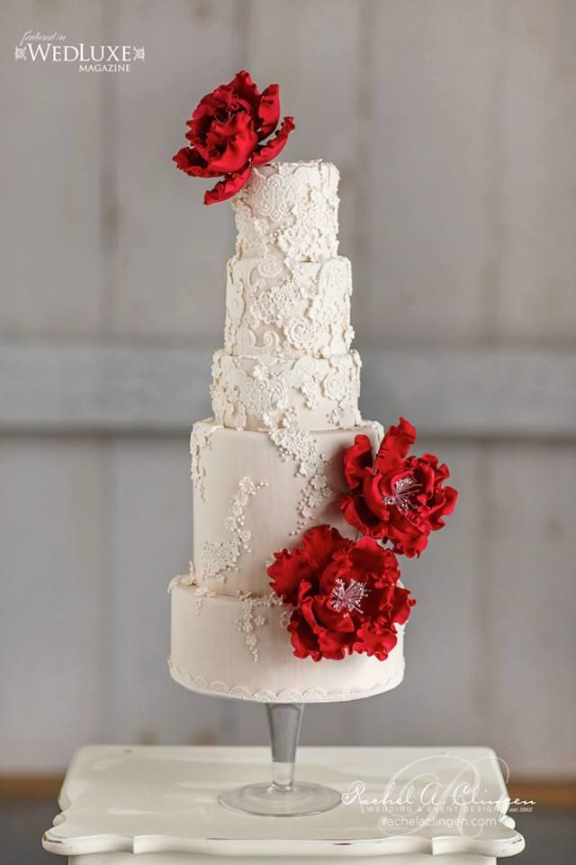 So Incredibly Pretty Wedding Cakes - Cake: TRUFFLE CAKE & PASTRY; Photo: Visual Cravings; Via wedluxe:
