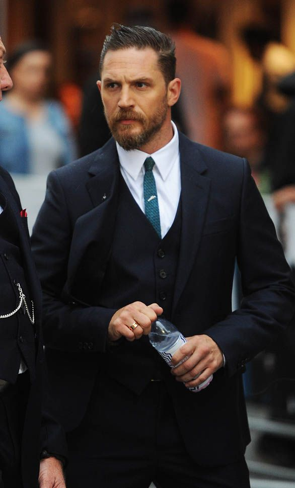 tom hardy at legend premiere in London 9.3.15
