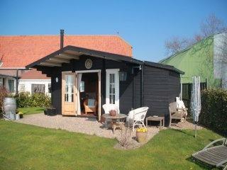 Vakantiehuis `het Kroonjuweel` in het buitengebied van de Colijnsplaat aan de Zeeuwse kust