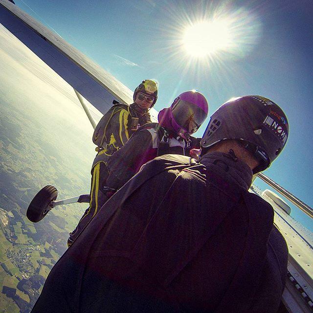#skydive #skydivewesterwald #Fallschirmspringer #skydiver #Fallschirmspringen #CessnaGrandCaravan #dfsww #exit #kutoka #pink #cessna208b #freefly #fun #gopro #fly #flying #Fliegen #aviation #EDGB #sports #sport #extremeSports #Extremsport #goProOfTheDay #