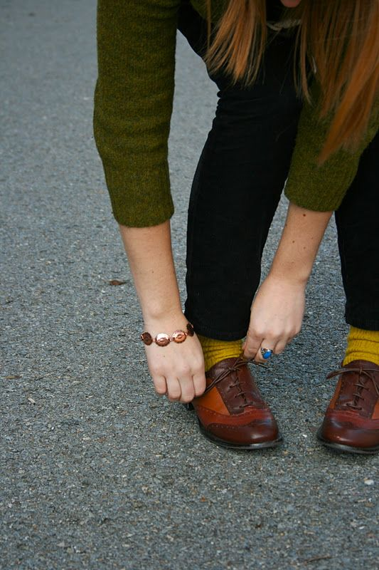 I command all librarians to run and get thee some oxfords! And mustard socks to pair them with!
