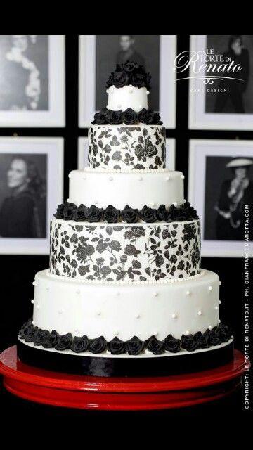 Wedding cake renato ardovino black white