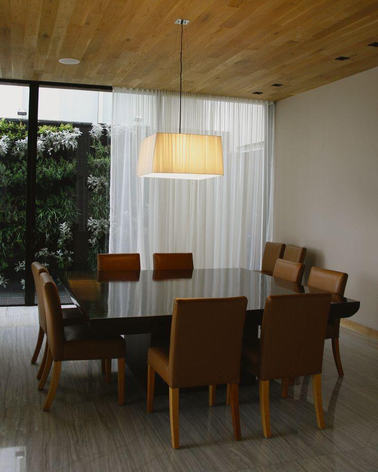 casa ss comedor mrmol sillas de piel iluminacin decorativa cortinas decorativas